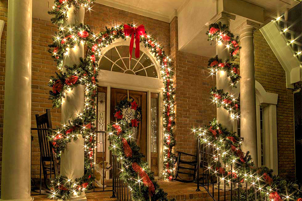 Custom holiday lighting Installation
