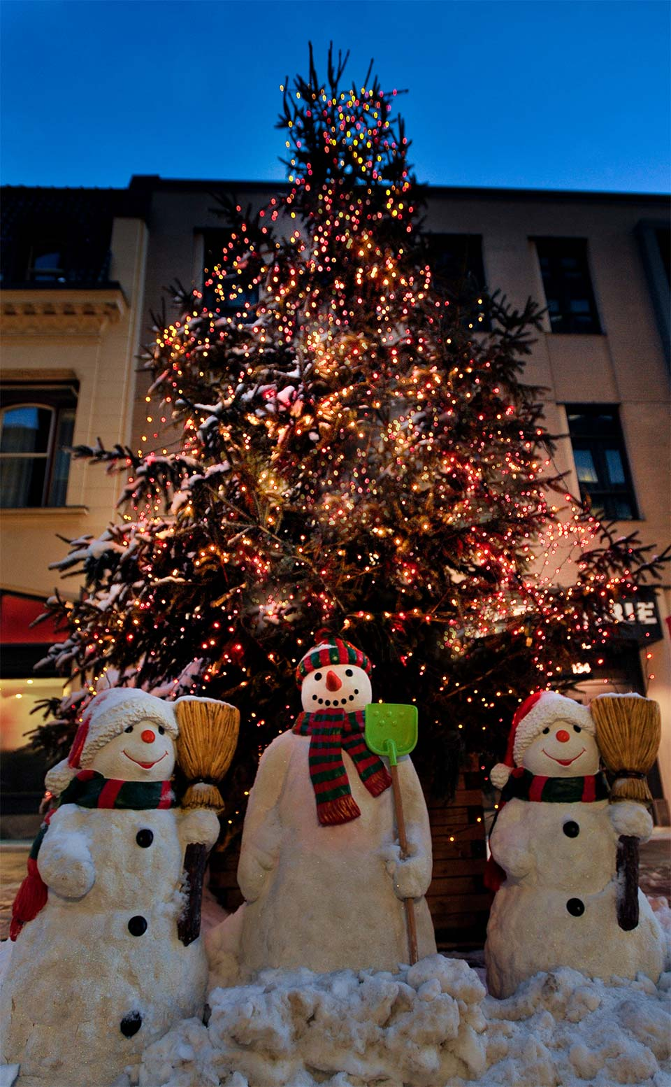 Christmas Tree and Snowmen